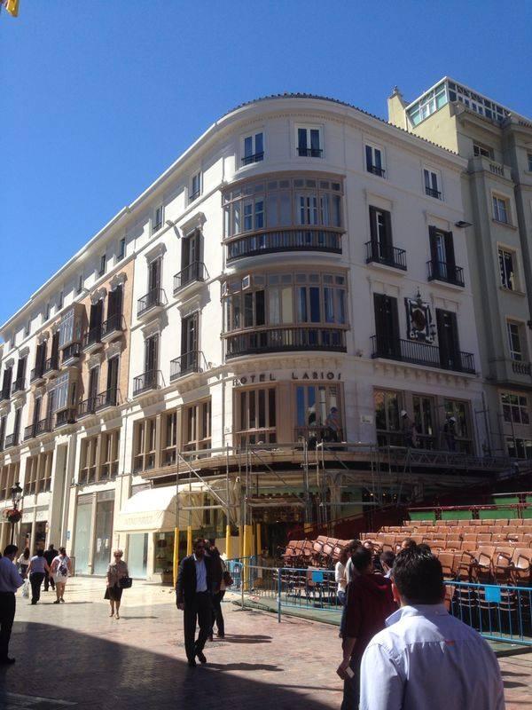 fachada hotel larios 3
